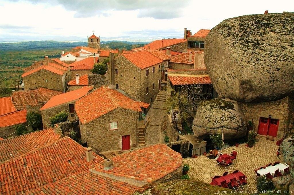 Скалистая деревня