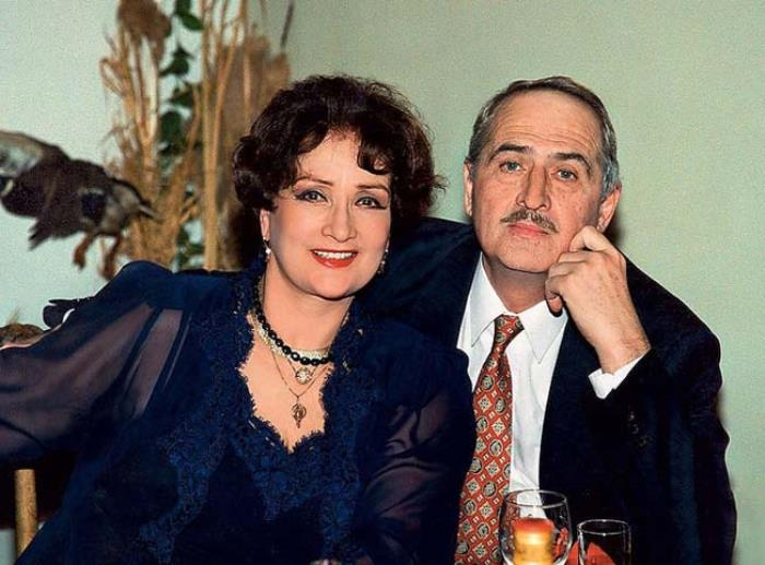 Актриса с мужем, Валерием Тарасевским | Фото: biography-life.ru