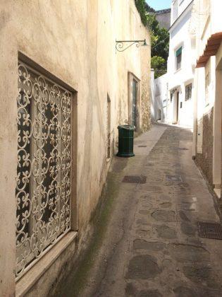Старинная улица Капри