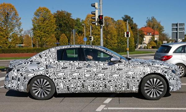 Новый Mercedes E-Class получит версию Plug-in Hybrid
