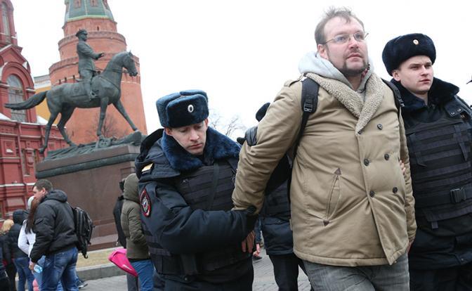Российские «тихие бунты»: Услышит ли Кремль свой народ?