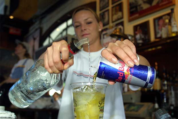 Культура пития С чем никогда нельзя мешать алкоголь.