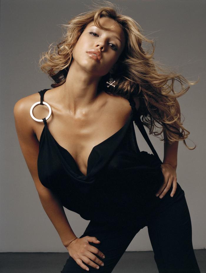 Джессика Альба  в фотосессии Крейга ДеКристо  для журнала Estylo ноябрь 2003