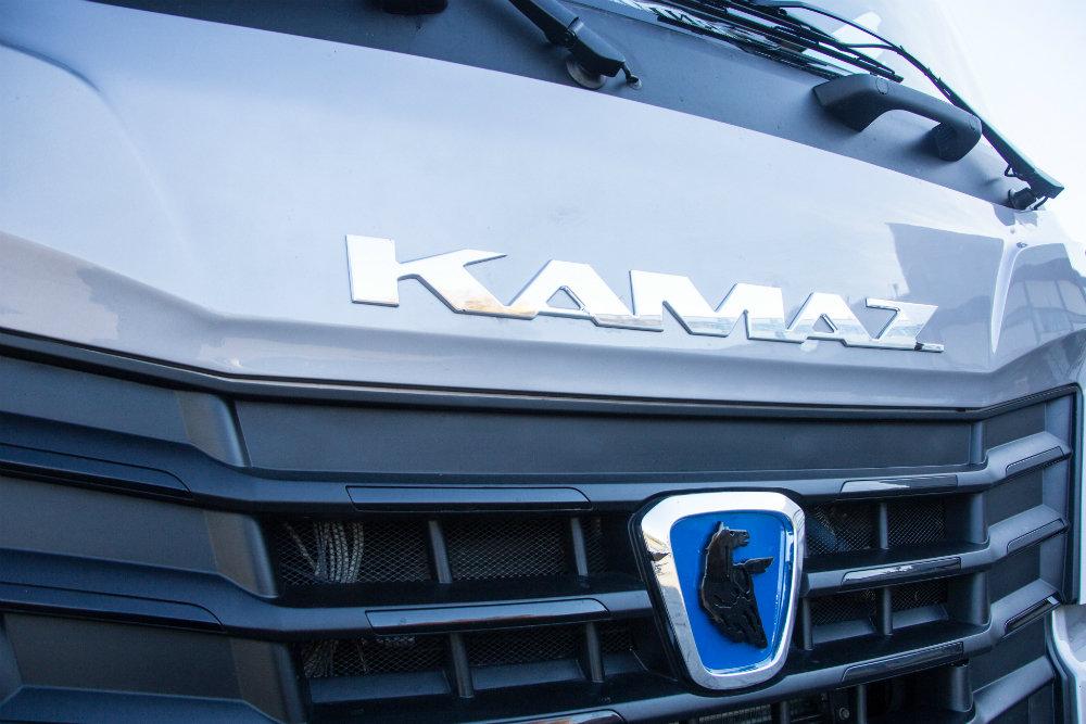 КамАЗ будет ставить на самосвалы кабину от Mercedes