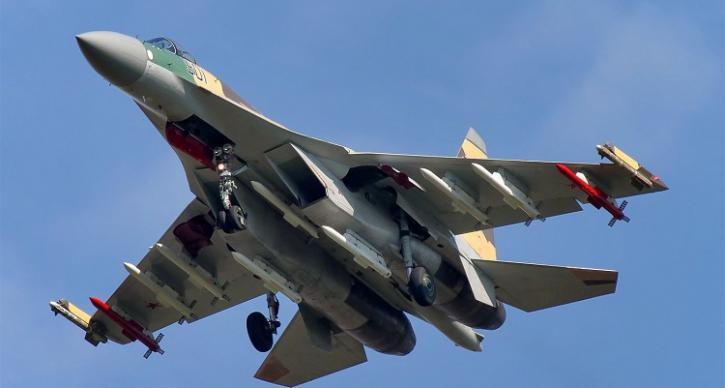 Обман раскрыт: Минобороны РФ рассказало о побеге американского F-22 от российского Су-35С
