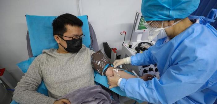 Как проходит лечение больных COVID-19 гидроксихлорохином и азитромицином: краткосрочные результаты
