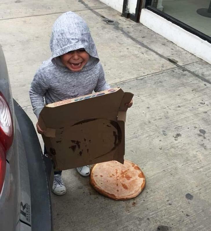 20 доказательств того, что жизнь с детьми полна сюрпризов