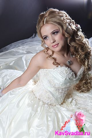 Самая красивая даргинка - певица Марина Мустафаева. фото