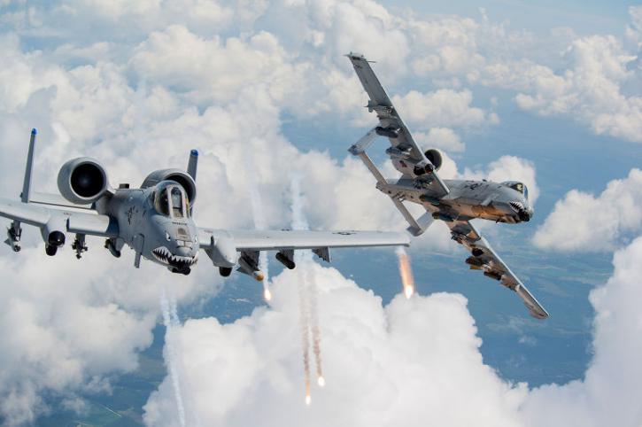 США перебросили свои истребители на авиабазу в Эстонию