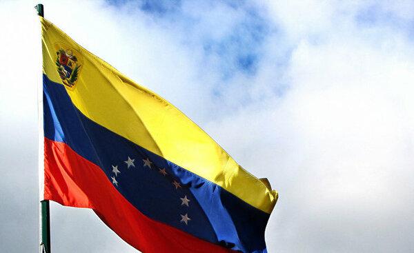 Кубинский лидер назвал действия США по отношению к Венесуэле фашистскими