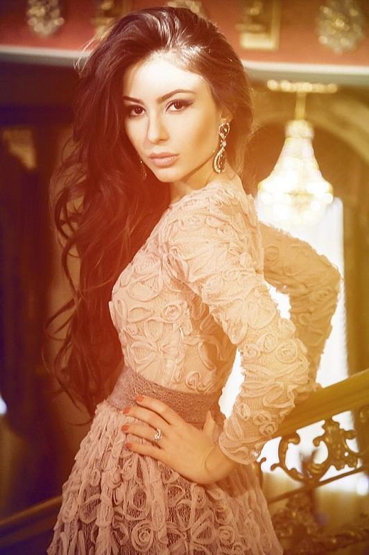 Самая красивая адыгейская девушка Фатима Дзибова. фото