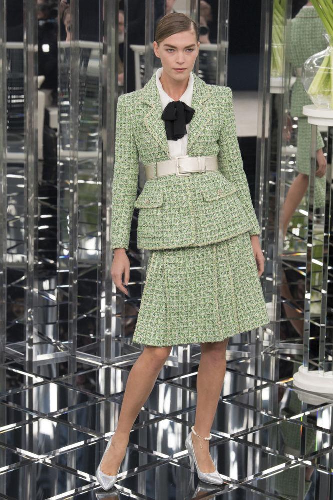 Новый силуэт от Chanel: коллекция весна-лето 2017