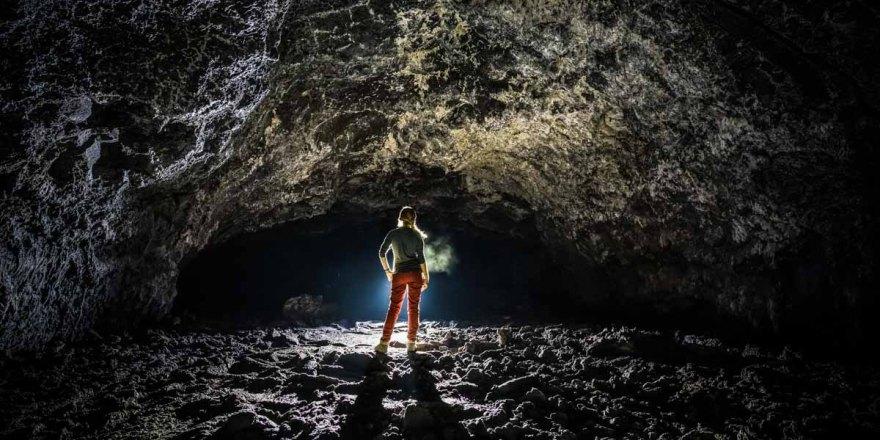 Люди могут жить в вулканических лунных туннелях.