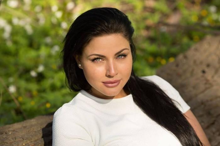 Модель Юлия Лаврова — наш ответ Ким Кардашьян