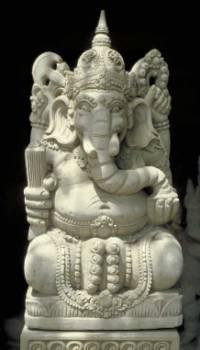 Индия - страна богомерзкого язычества, религиозной нетерпимости, чудовищных обрядов и дичайших суеверий.