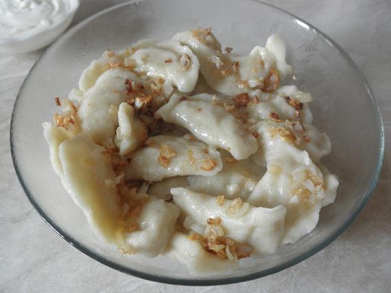 Вареники с картошкой – просто, сытно и вкусно