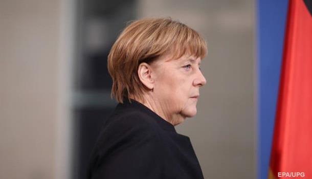 Официальная стратегия двойных стандартов: Меркель высказалась за«двойную стратегию» вотношении России