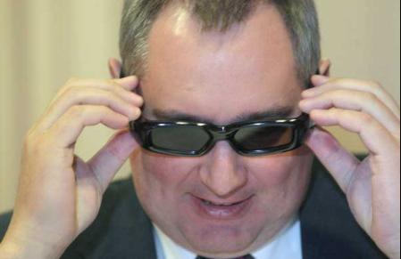 Рогозин ответил Порошенко рэпом об Украине