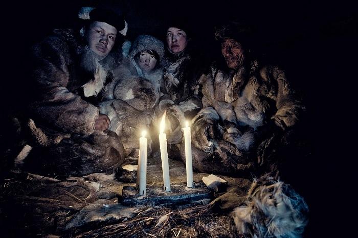 Жизнь на краю Земли: колоритные фотографии коренных жителей Чукотки