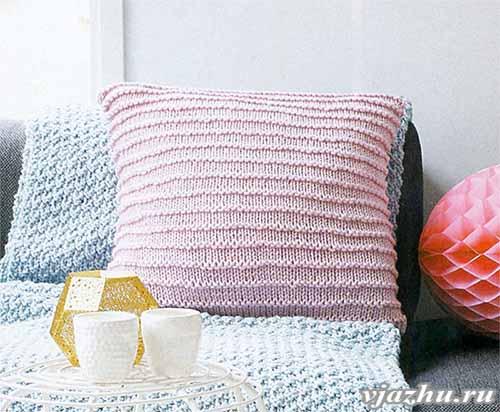 Чехол для подушки из лицевых и изнаночных петель