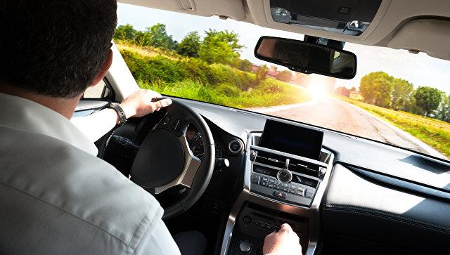 Автошколы предложили разделить водителей на любителей и профессионалов