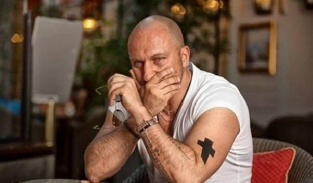 Дмитрий Нагиев узнал о смерти матери в прямом эфире шоу «Голос»