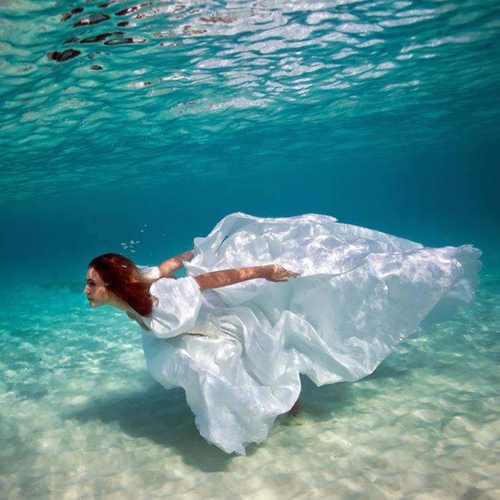 Невесомая красота на снимках Елены Калис.