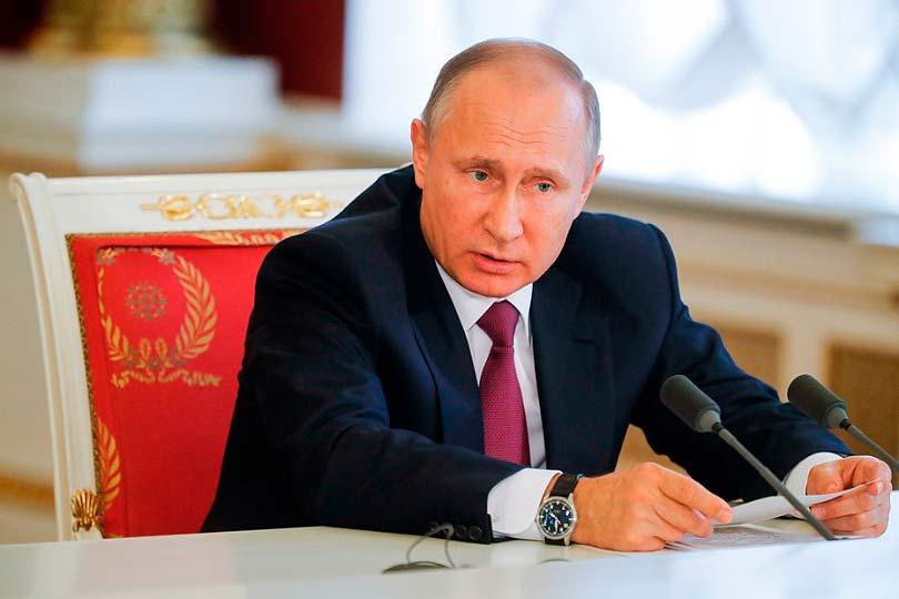Путин призвал бороться с бед…