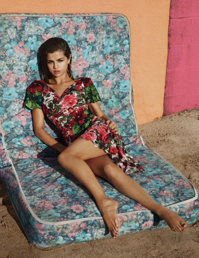 Селена Гомес  для Vogue