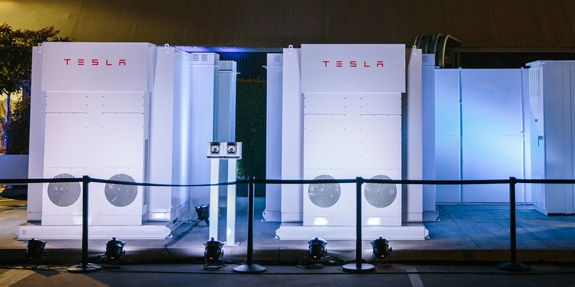 Tesla удвоила емкость аккумуляторов Powerpack