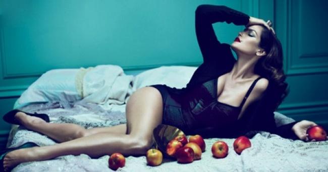 Об отношениях мужчины и женщины на примере яблок. Коротко, просто и гениально!