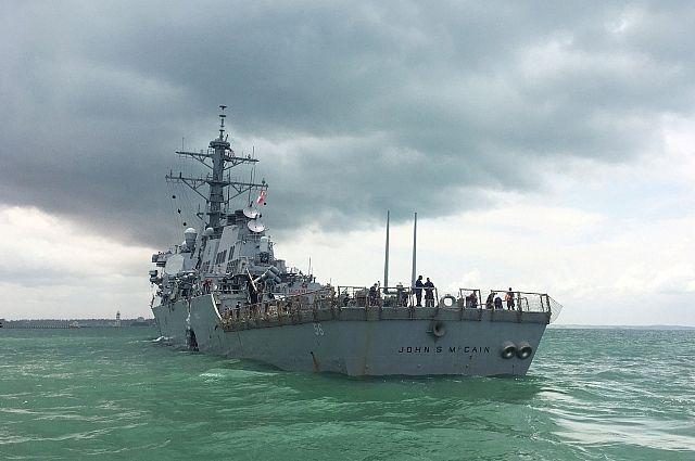 Маккейн сообщил, что молится за пропавших моряков эсминца «Джон Маккейн»