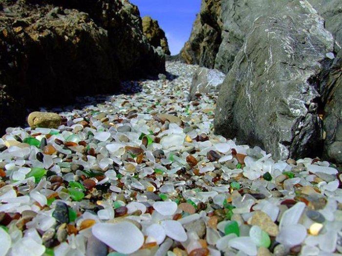 Стеклянный пляж — Форт-Брэгг, Калифорния  Glass Beach — Fort Bragg, California