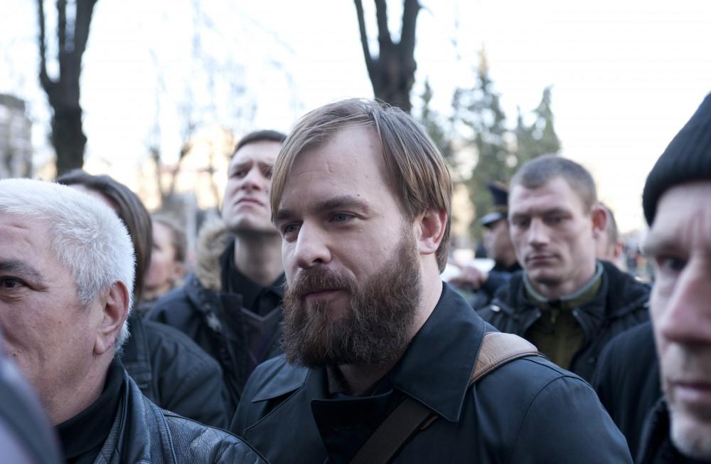«Навального – на федеральные…