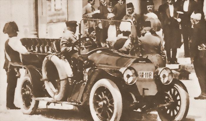 Снимок в день убийства эрцгерцога Франца Фердинанда. | Фото: brickmafia.com.