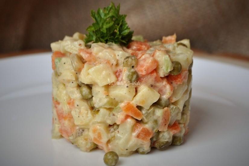 Вегетарианский «Оливье» на новогодний стол — рецепт для тех, кто постится