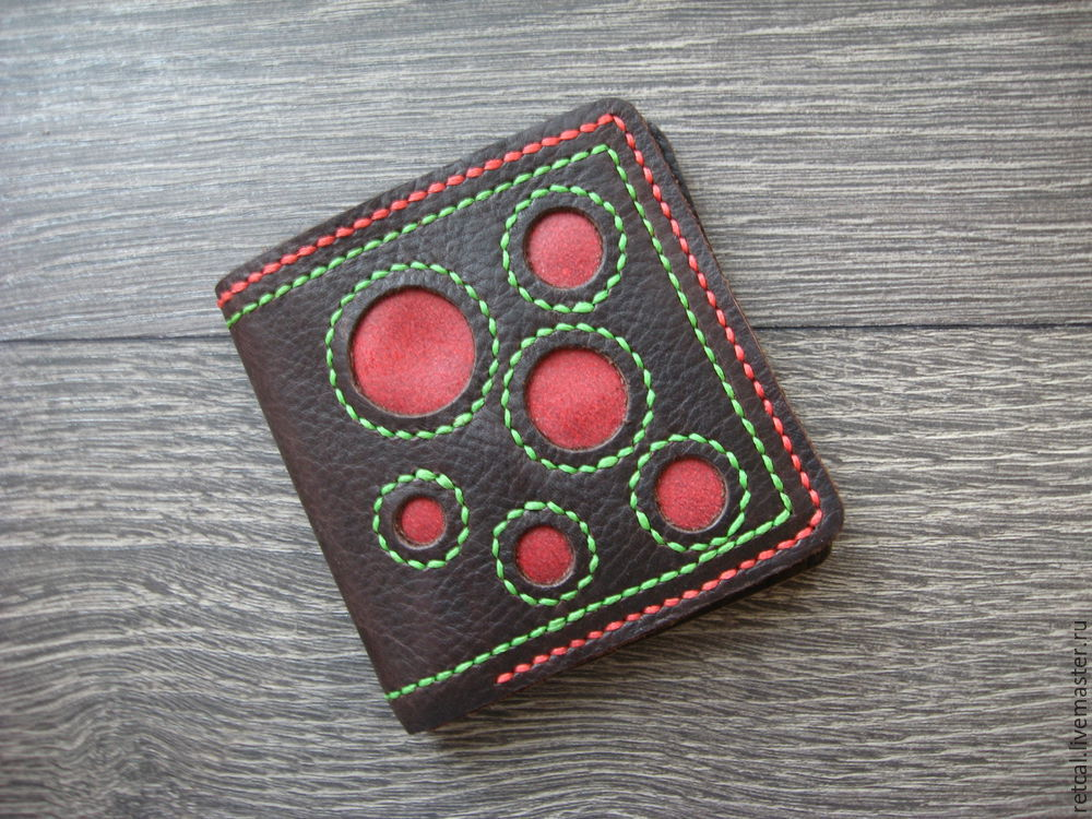 Изготавливаем кожаный кошелек