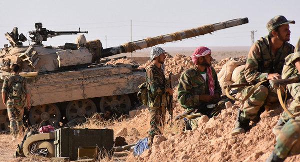 Сирийские военнослужащие пытаются закрепиться на позициях