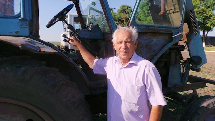 Товарищ Сухов и в 80 лет пашет круче молодых