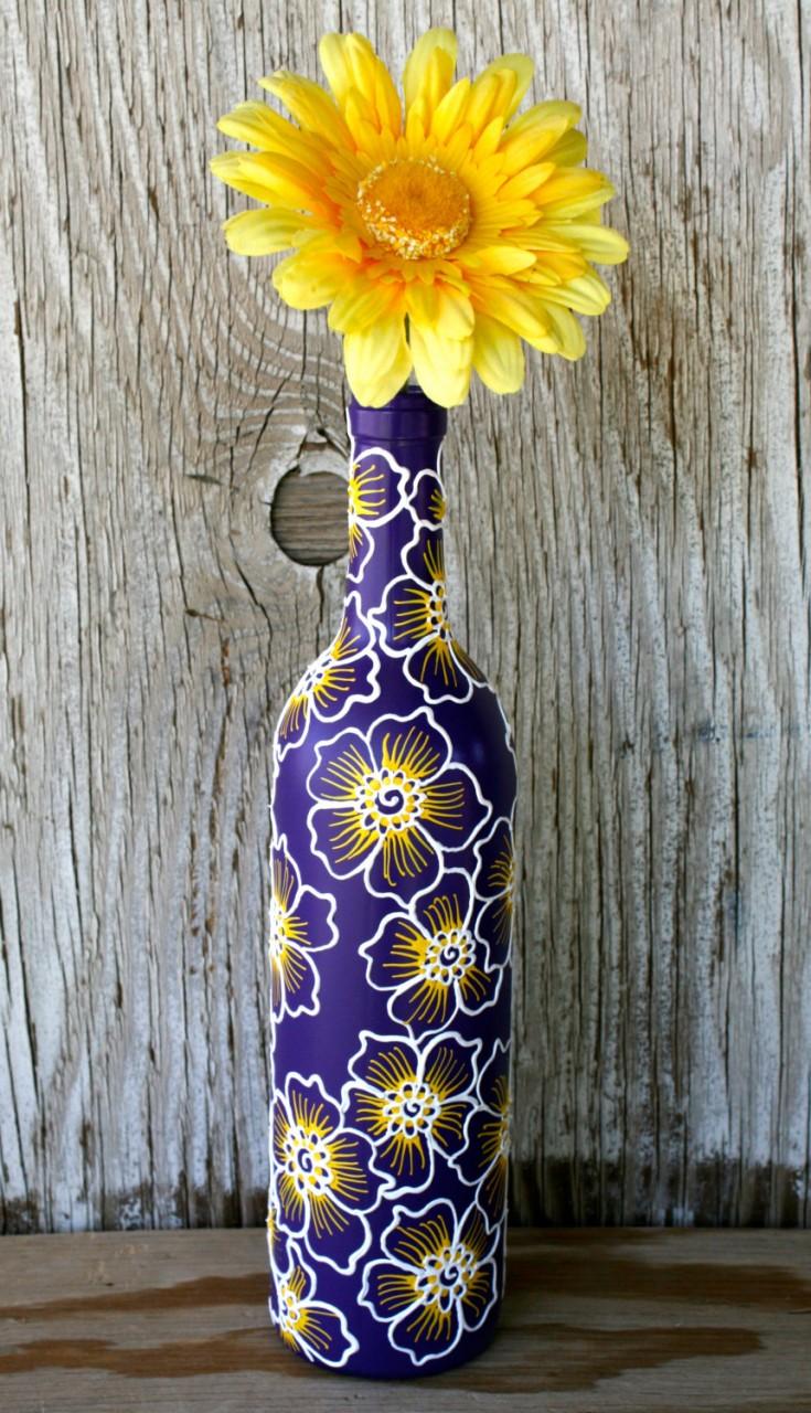 Цветочная ваза из бутылки