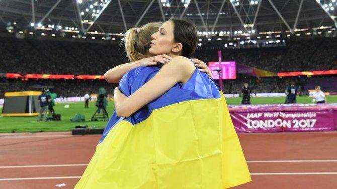 Трогательный кадр: Украинска…