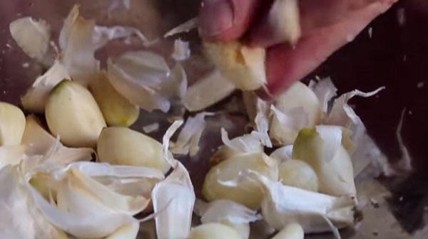 На кухне поможет чеснок