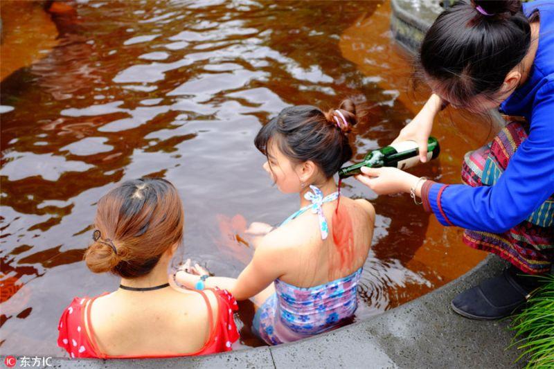 Ешь, пей, купайся!