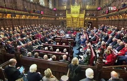 В среду должна сформироваться правящая коалиция в британском парламенте