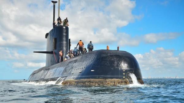 Весь мир ищет аргентинскую субмарину