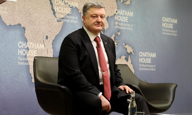 Порошенко добавил градусов конфликту в Донбассе