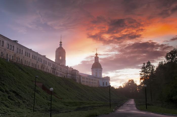 30 красивейших православных колоколен, со сверкающими золотыми куполами