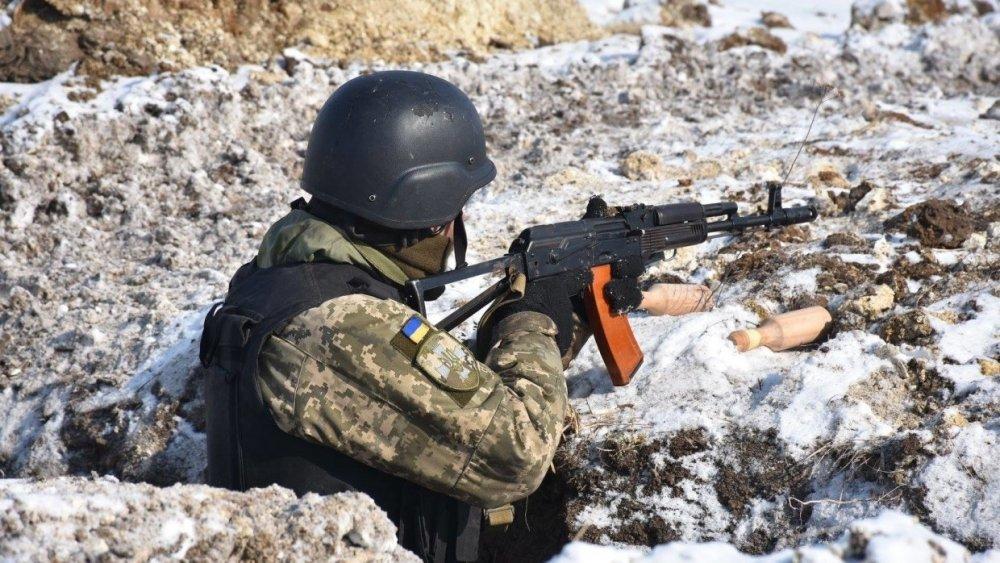 «Патронов они не жалеют»: боец ДНР рассказал, когда война в Донбассе подойдет к концу