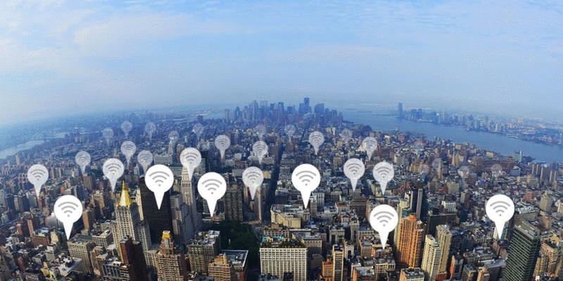 Чем Вам грозит подключение к публичному Wi-Fi
