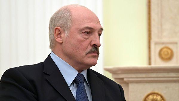 Лукашенко запретил перенимать российский опыт в высшем образовании